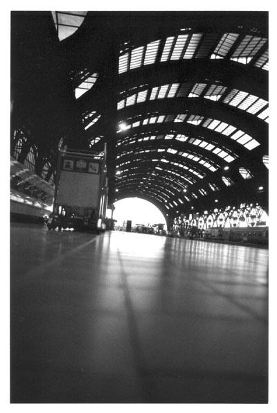 http://simogeo.free.fr/tofs/Milano_centrale(nb).jpg